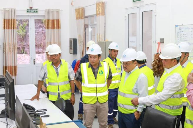 The Minister of Ministry of Energy and Mines of Laos and its delegates visited Nam Kong 3 Hydropower Project to monitor the progress of the project.